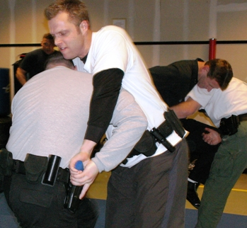 Defensive Tactics Instructor INTENSIVE: Integrated Combatives Problem-Solving TRAIN-THE-TRAINER