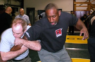 Defensive Tactics Instructor:  Integrated Combatives Problem-Solving TRAIN-THE-TRAINER